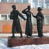 Памятник ученикам 1-й школы, погибшим на войне